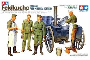 Нем. полевая кухня с 2-мя фигурами поворов и 2ф. солдат (вкл.разл.акссесуары)
