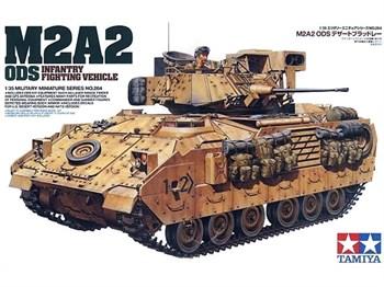 Амер.бронетранспортер M2A2 Oper.Desert Storm (Буря в пустыне) IFV Bradley с 2-мя фигурами.
