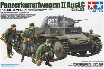 Немецкий танк PzKw II  Ausf C, польская кампания с тремя фигурами. Наборные траки, доп.броневые листы, фототравление.