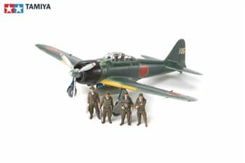 1/48 Mitsubishi A6M3/3a (ZEKE), с четырьмя фигурами пилотов