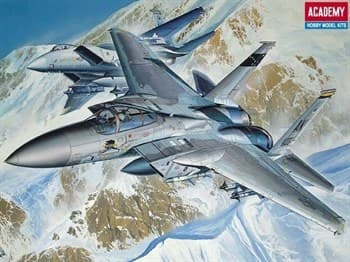 Самолет  F-15c  (1:144)