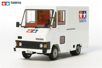 1/24 Toyota Hiace Quick Delivery - Tamiya Version