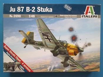 Самолет  Ju-87 B-2 Stuka  (1:48)