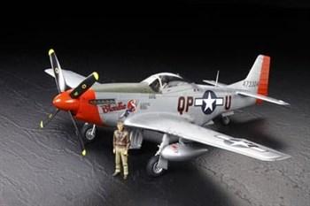 1/32 Mustang P-51D, с набором фототравления, 2 фигурами пилотов и подставкой