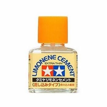 (!) Клей Lemonene (Extra Thin Cement) - жидкий клей 40мл с закруч. крышкой и тонкой, жестк. кисточкой (с запахом лемона)