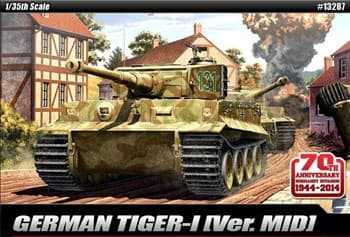"Танк  TIGER-I MID VER. ""Anniv.70 Normandy Invasion 1944""  (1:35)"