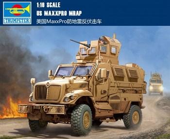 US MaxxPro MRAP  (1:16)