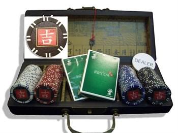 """""""Lucky 100 wood"""", Дизайнерский набор для игры в покер."""