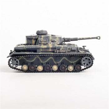Panzer IV AUSF. F2 undentiflend Unit, Russia